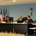 Resolução do TCE/AM orienta acerca da Comissão de Transmissão de Governo.