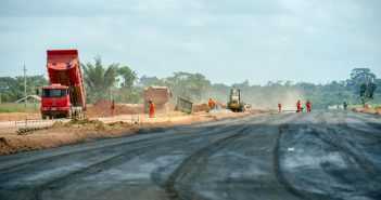 Ministério Público ingressa com representação para apurar obras da UEA