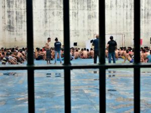 MPC pede ao TCE auditoria operacional no sistema carcerário no AM