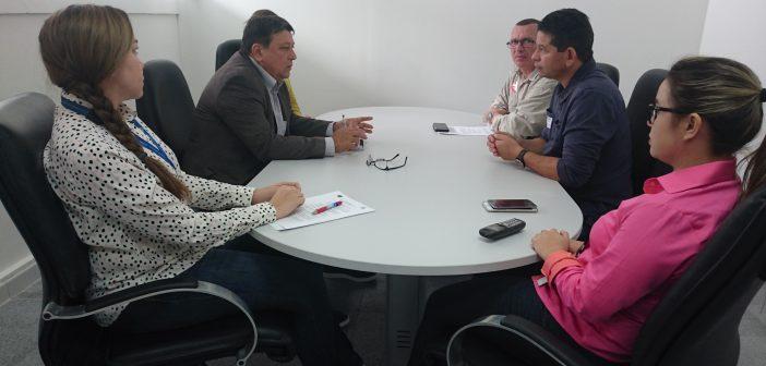 Procurador-geral do MPC se reúne com secretário de Estado de Educação