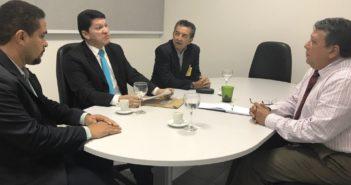 Procuradores de contas se reúnem com representantes do Comitê contra o 'Caixa Dois' nas campanhas eleitorais no AM