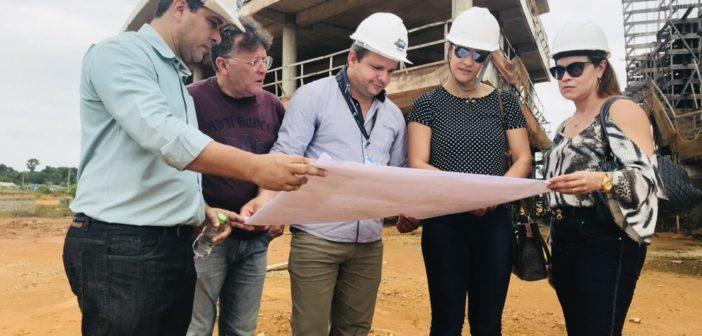 Procuradores de Contas da Coordenadoria de Infraestrutura do MPC visitam obras da Cidade Universitária, em Iranduba